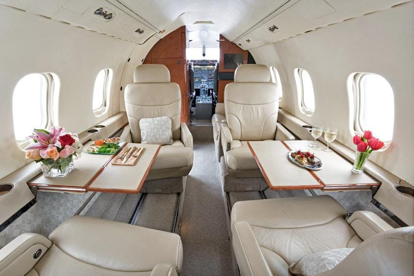 Learjet-55-PrivateFly-AB1190