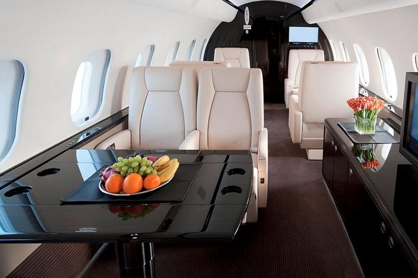 Bombardier-Global-Express-XRS-PrivateFly-AA9548