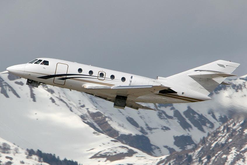 Falcon-20-200-PrivateFly-AA9871
