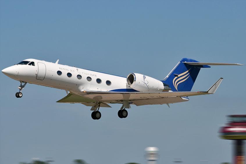 Gulfstream-G300-PrivateFly-AA9836