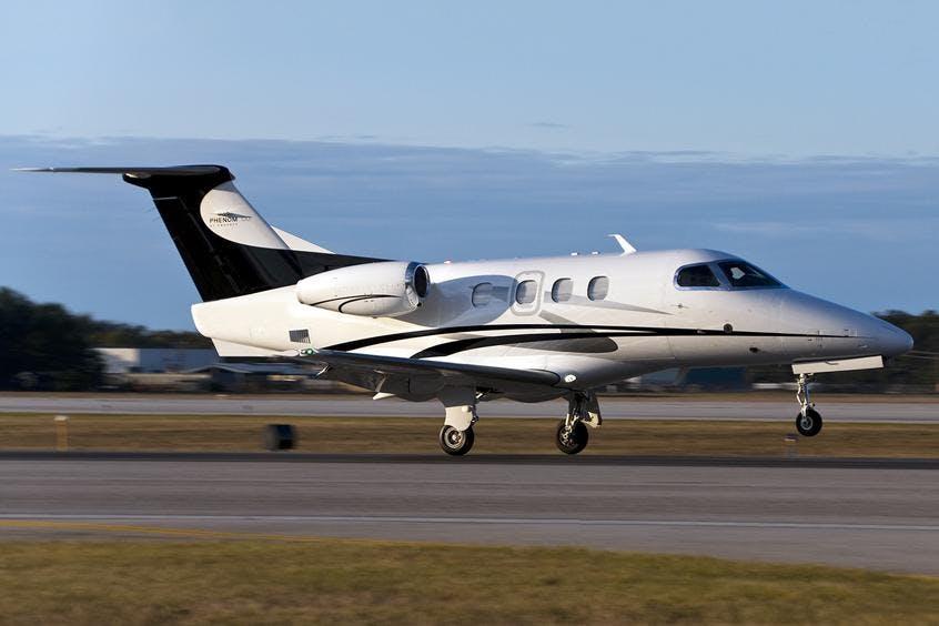 Embraer-Phenom-100-PrivateFly-AB1001