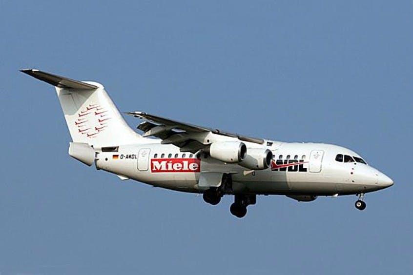 BA146-100-Avro-RJ70-PrivateFly-AA1533