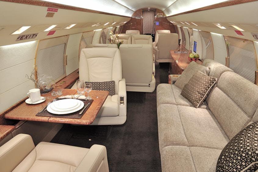 Gulfstream-GIV-PrivateFly-AA9813
