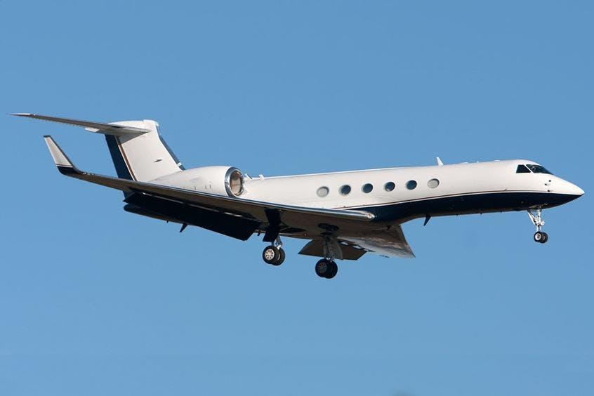 Gulfstream-GV-PrivateFly-AA9812