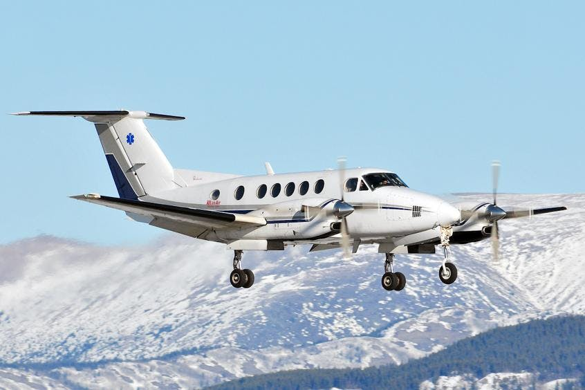 Beech-BE300-Super-King-Air-PrivateFly-AB1122