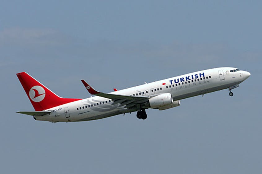 Boeing-737-800-PrivateFly-AA1620
