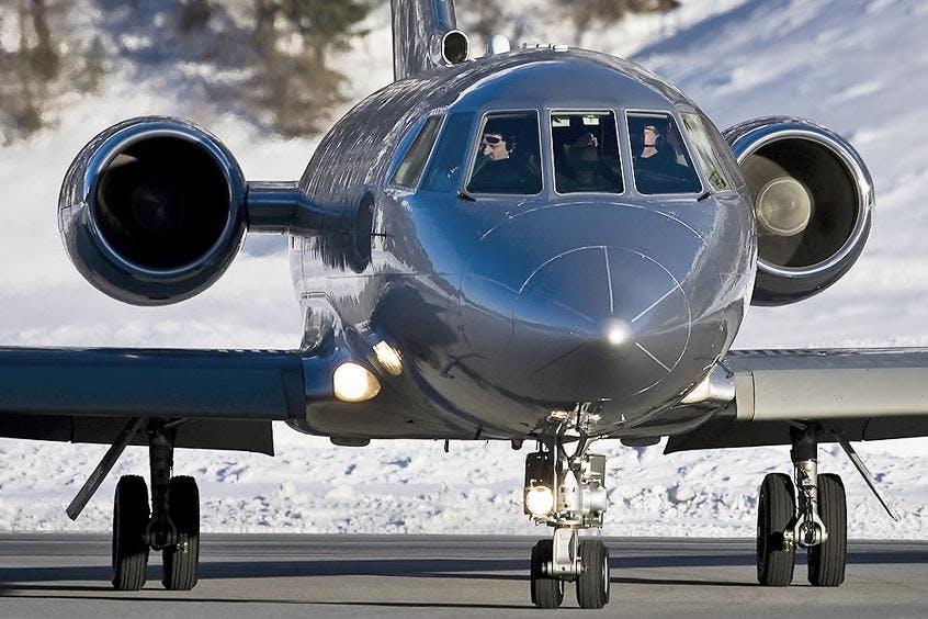 Falcon-20-200-PrivateFly-AA9869
