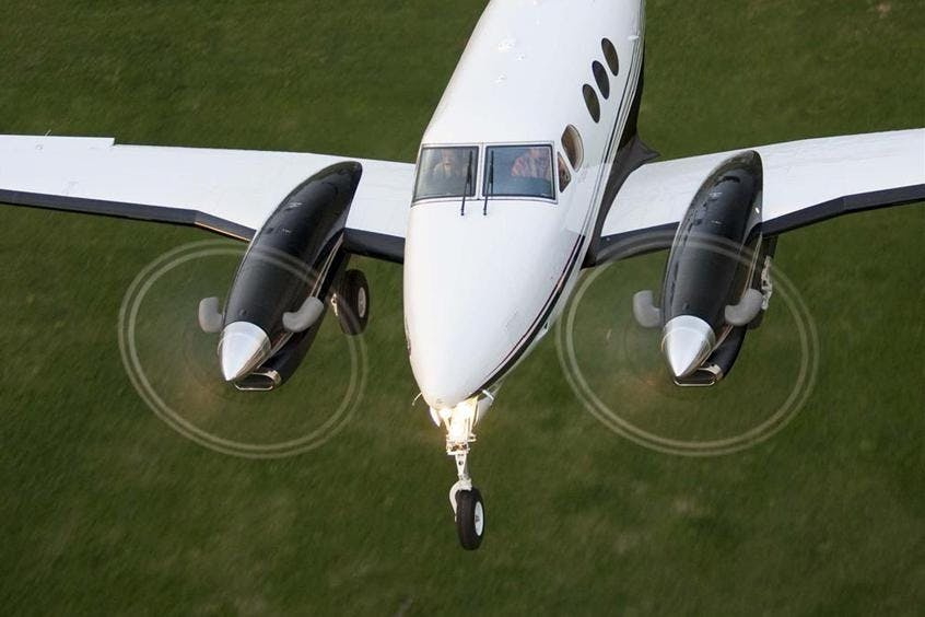 Beech-BE90-King-Air-PrivateFly-AB1109