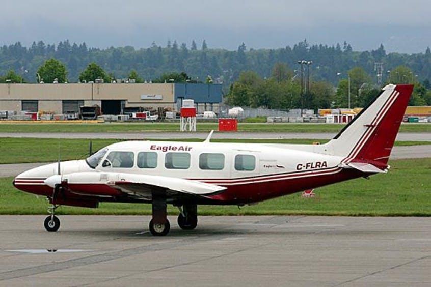 Piper-PA31-Navajo-PrivateFly-AA1057