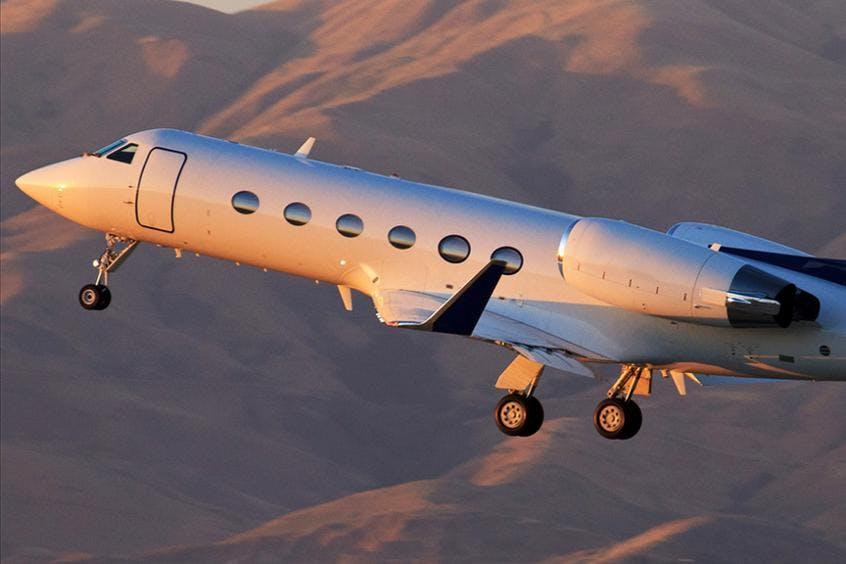 Gulfstream-G400-PrivateFly-AA9824