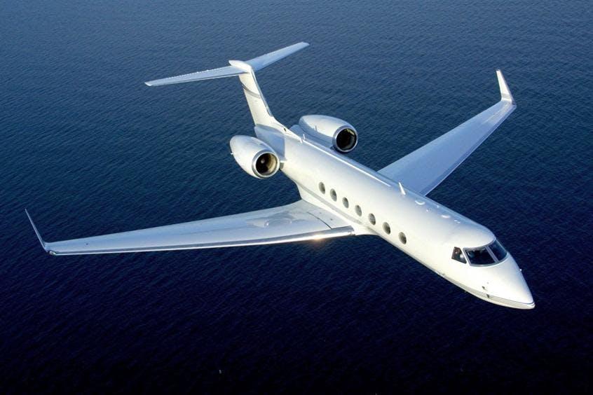 Gulfstream-G550-PrivateFly-AA9584