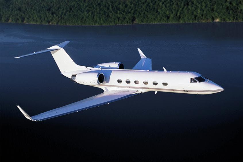 Gulfstream-G400-PrivateFly-AA9822