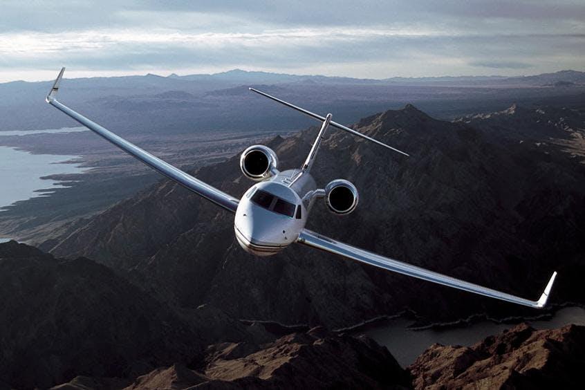 Gulfstream-G550-PrivateFly-AA9582