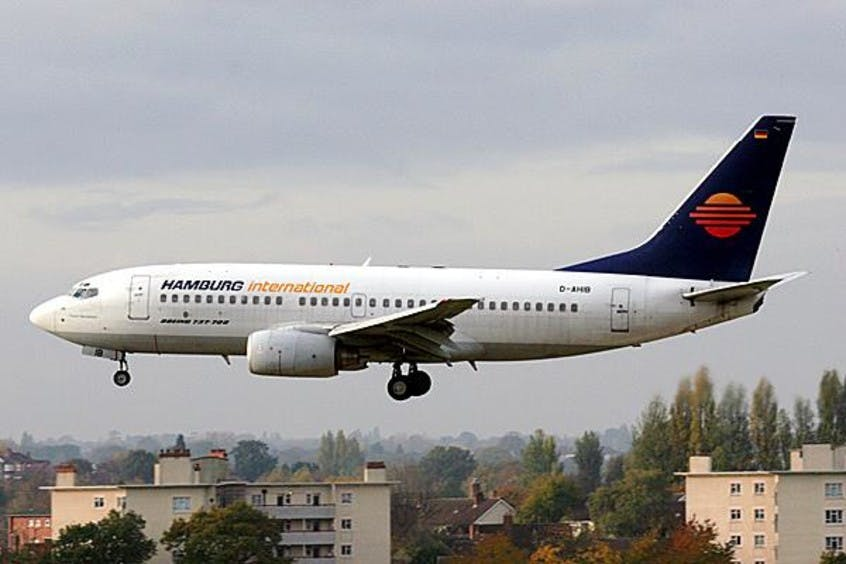 Boeing-737-700-PrivateFly-AA1600