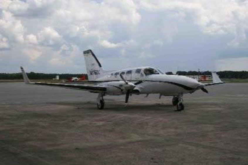Cessna-C414-Chancellor-PrivateFly-CC-AA3429