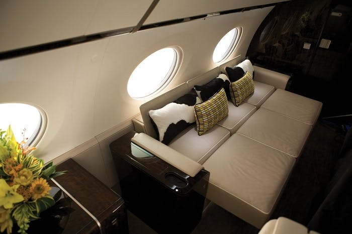 Flying when pregnant on private jet