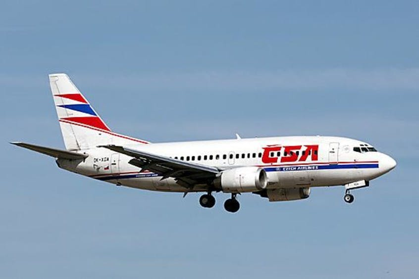 Boeing-737-500-PrivateFly-AA1691