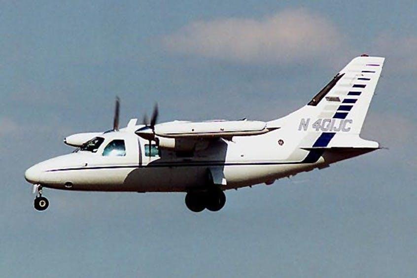 Mitsubishi-MU-2-PrivateFly-AA1017