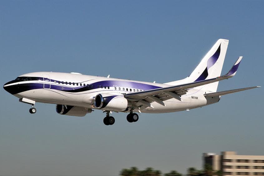 Boeing-Business-Jet-BBJ-PrivateFly-AA9622