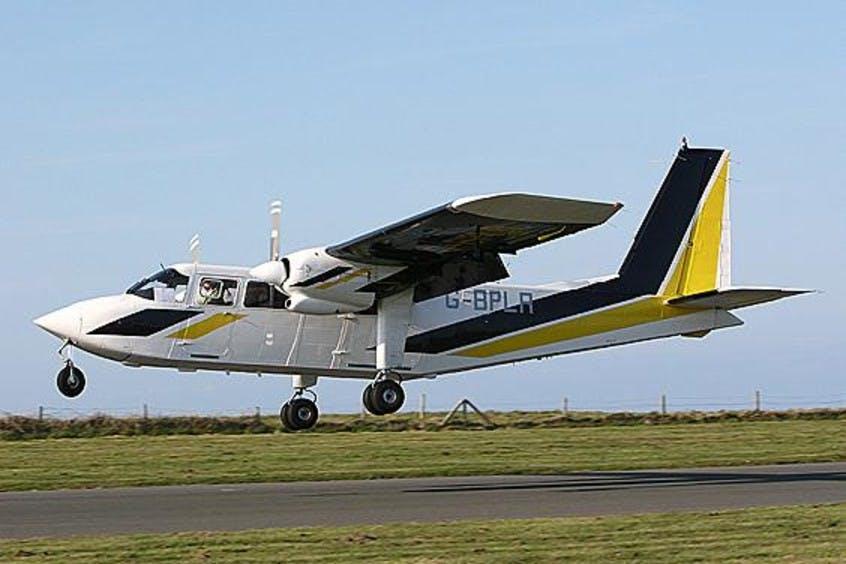 BN2-Islander-PrivateFly-AA1048