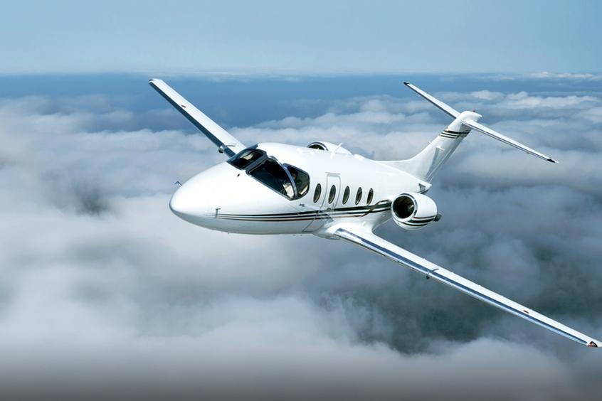Hawker-400XP-PrivateFly-AB1089