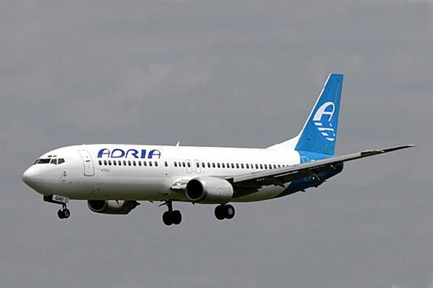 Boeing-737-400-PrivateFly-AA1611