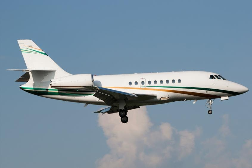 Falcon-2000DX-PrivateFly-AA9688