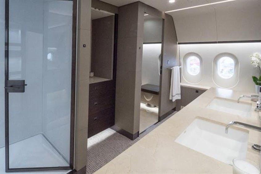 Boeing-787-8-Dreamliner-PrivateFly-AB9096