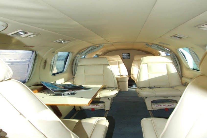 Piper-PA31-Navajo-Chieftain-PrivateFly-CC-AA1735