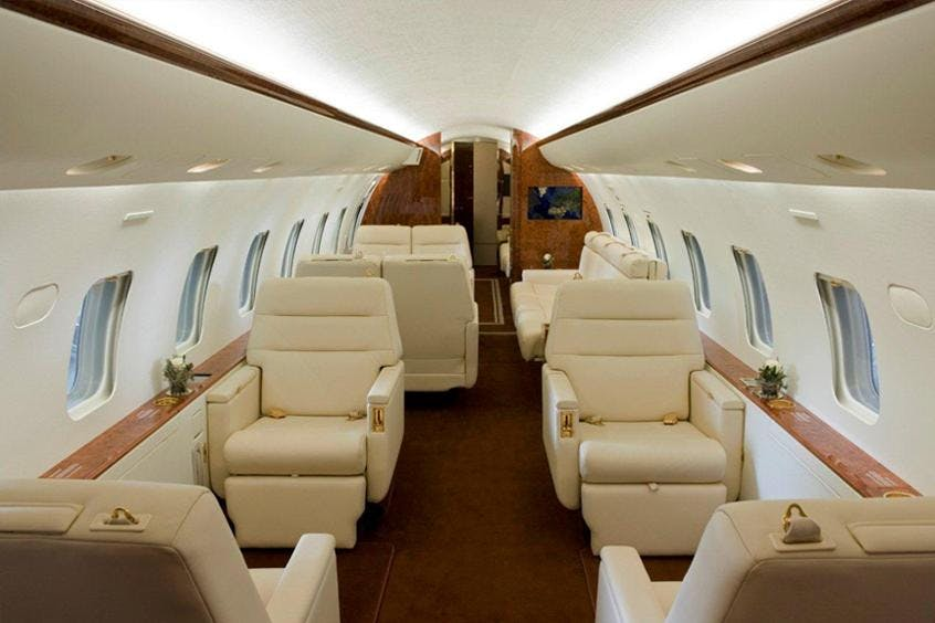 Bombardier-Global-Express-XRS-PrivateFly-AA9546