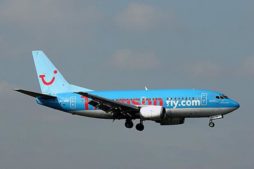 Boeing-737-500-PrivateFly-AA1647