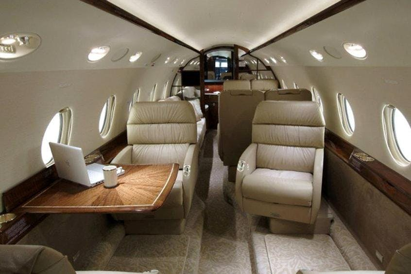 Gulfstream-G200-PrivateFly-AA9843