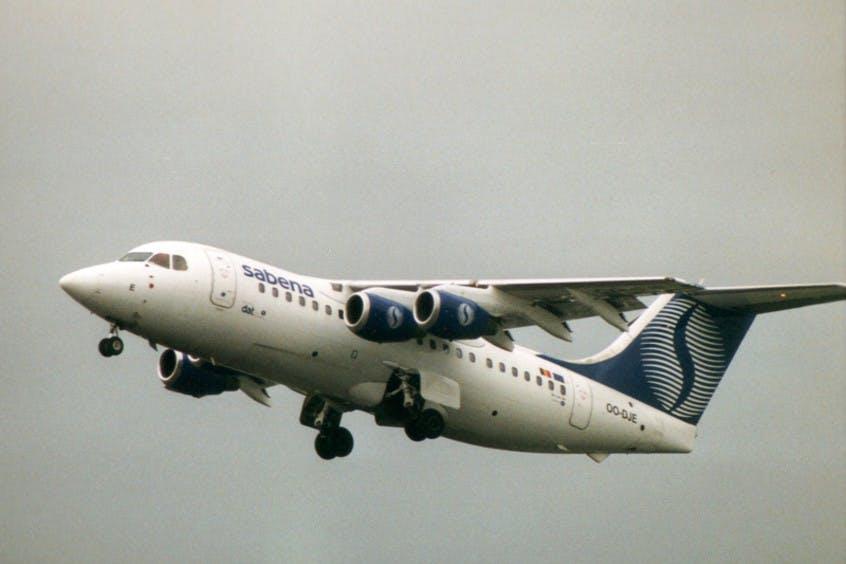 BA146-200-Avro-RJ85-PrivateFly-AA6037