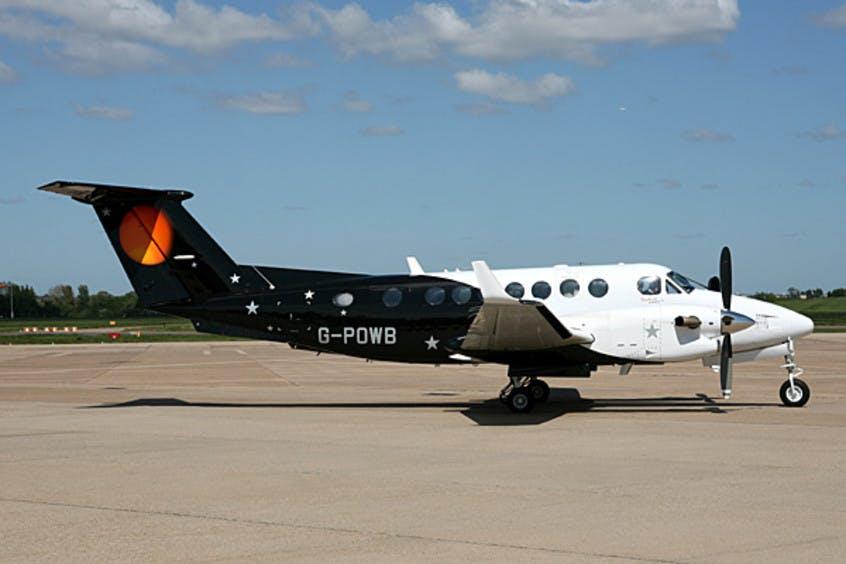 Beech-BE350-KingAir-PrivateFly-AA1105