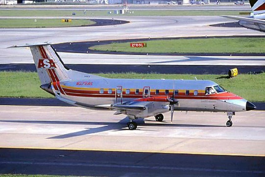 EMB-120-Brasilia-PrivateFly-AA1536