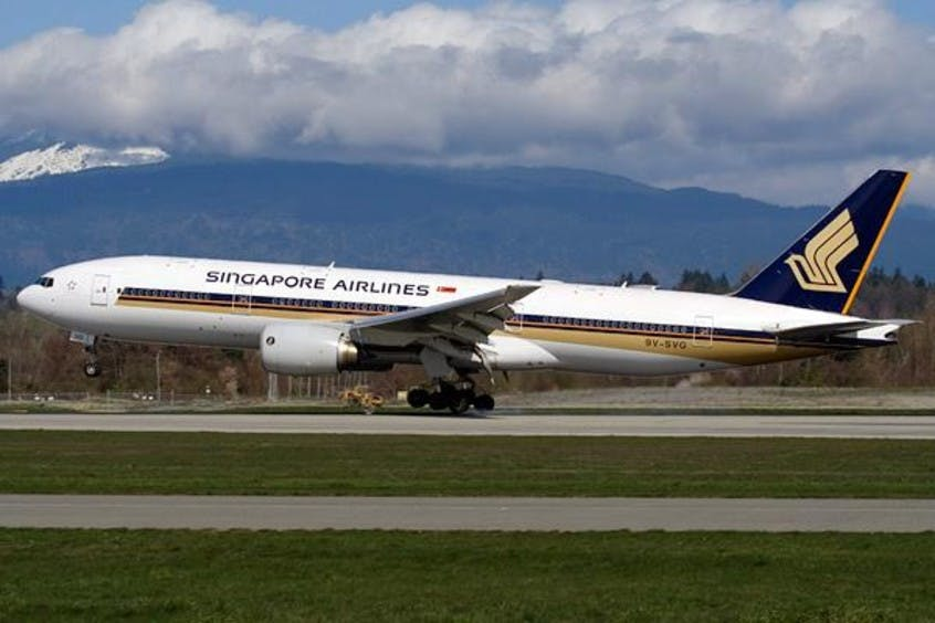 Boeing-777-200-200LR-PrivateFly-AA1626