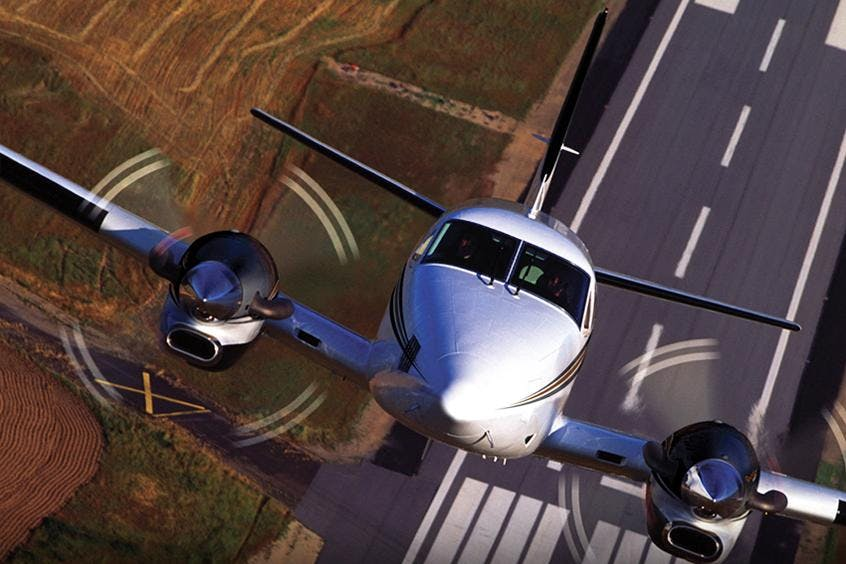 Beech-BE90-King-Air-PrivateFly-AB1111