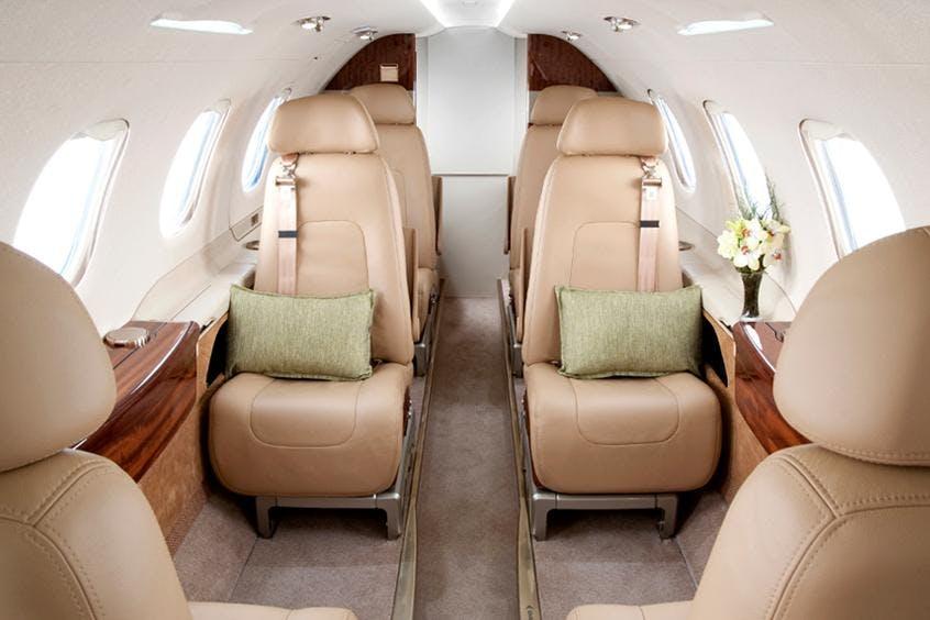 Embraer-Phenom-300-PrivateFly-AB1005