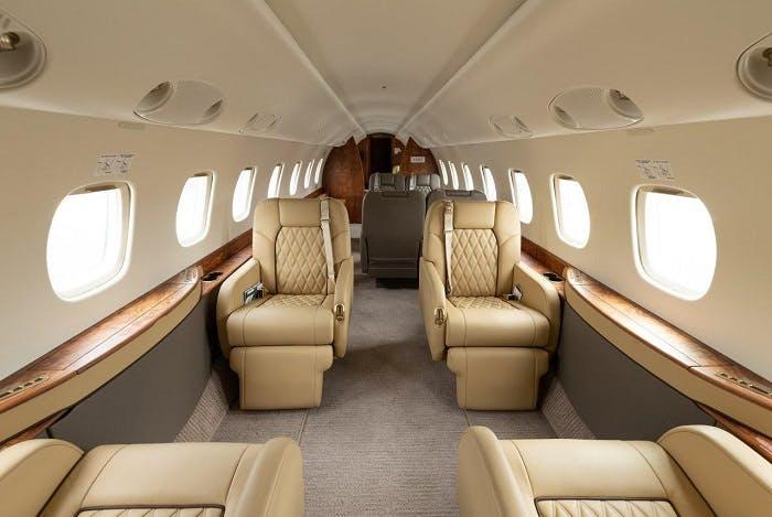 Legacy 600 interior