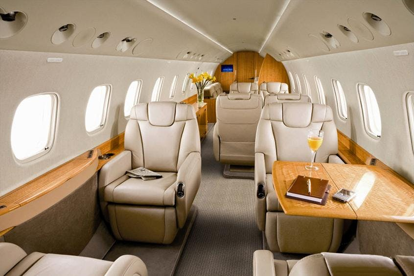 Legacy-600-Executive-PrivateFly-AA9754