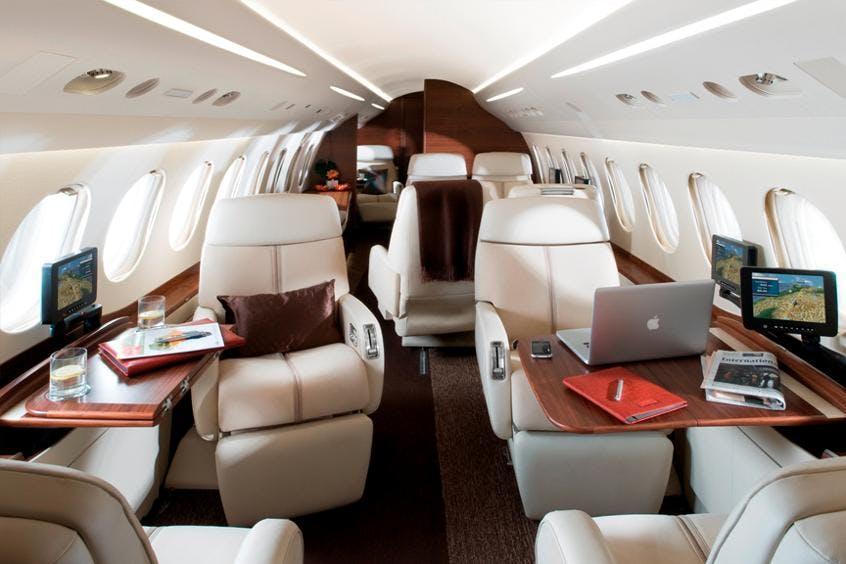 Falcon-7X-PrivateFly-AA9726