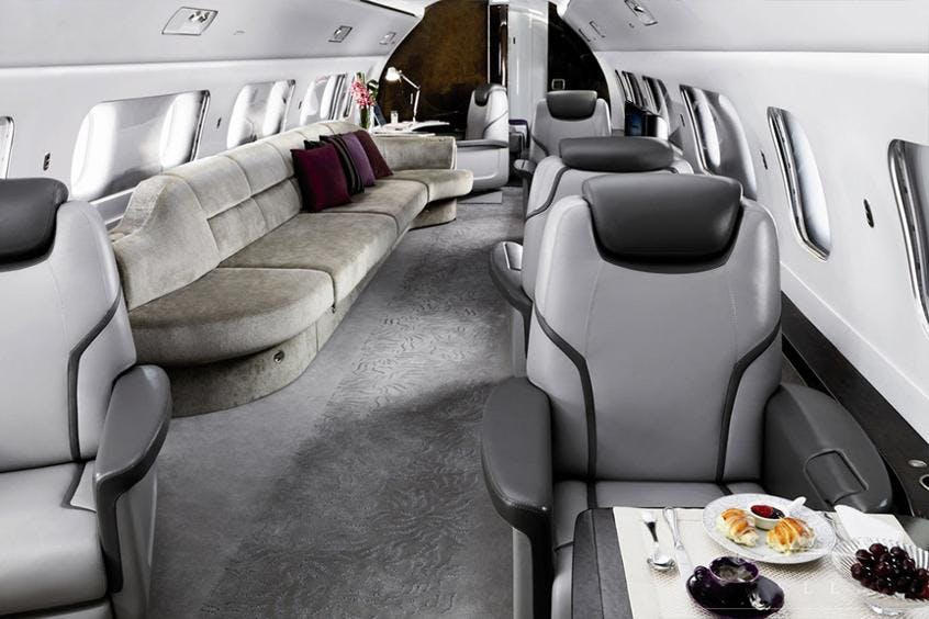Embraer-Lineage-1000-PrivateFly-AA9683
