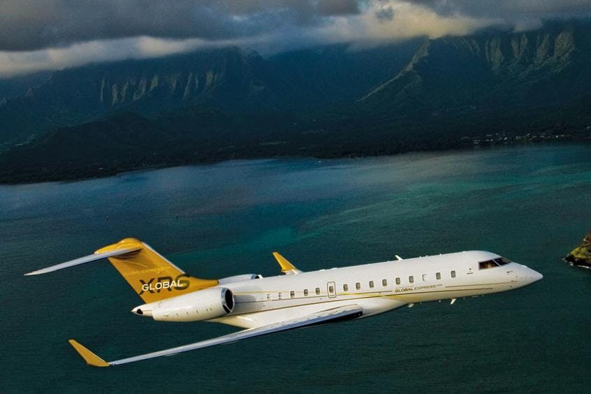Bombardier-Global-Express-XRS-PrivateFly-AA9547