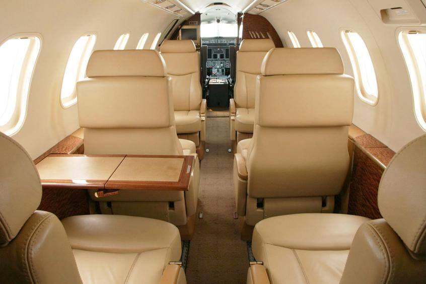 Learjet-40-40XR-PrivateFly-AB1124