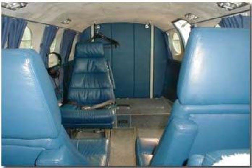 Cessna-C340A-PrivateFly-CC-AA2242