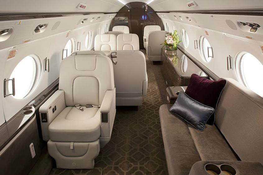 Gulfstream-G550-PrivateFly-AA9583