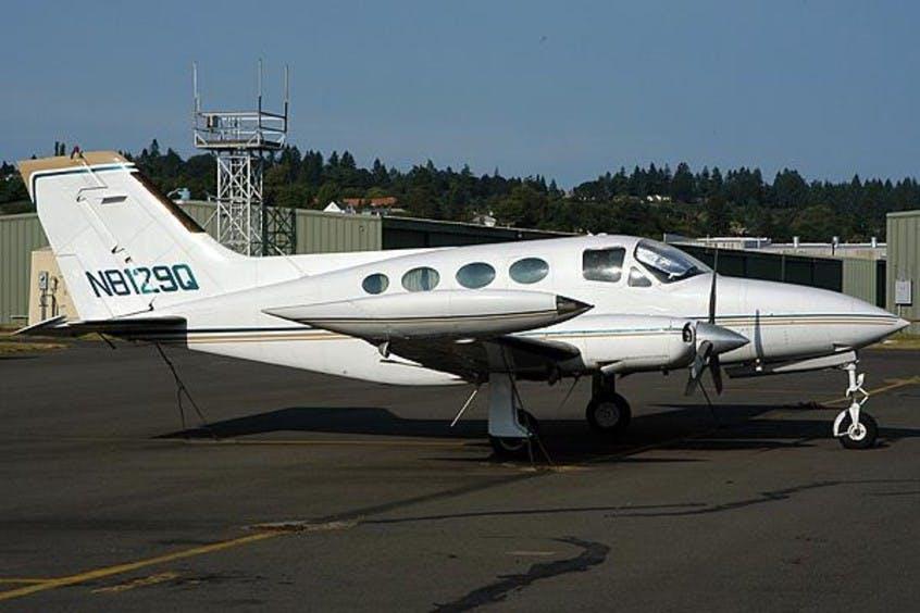 Cessna-C414-Chancellor-PrivateFly-AA1113