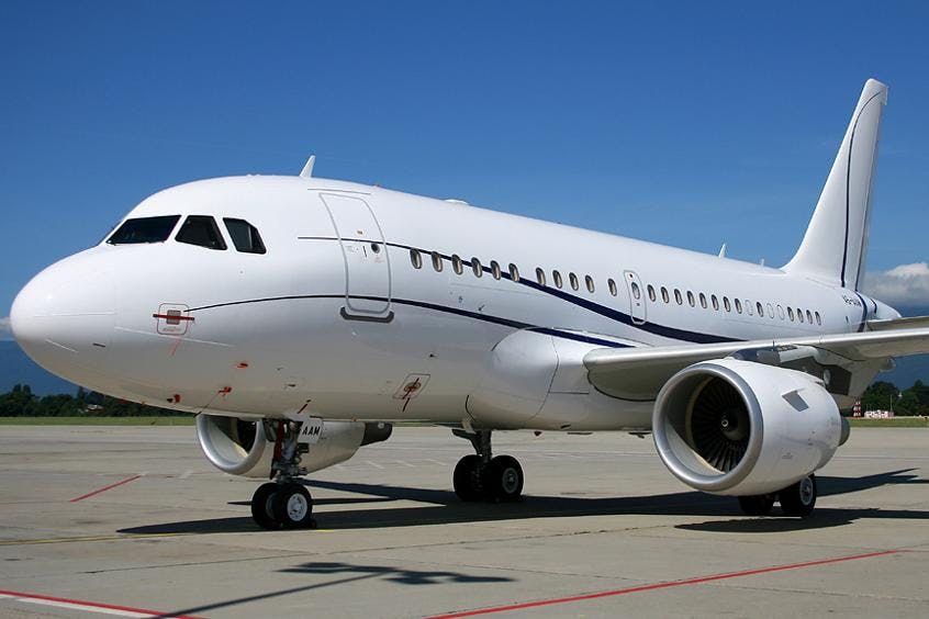 A318-Elite-PrivateFly-AA9606