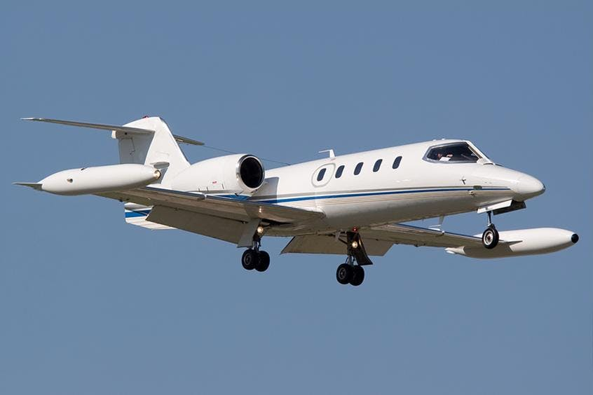 Learjet-35A-PrivateFly-AB1048