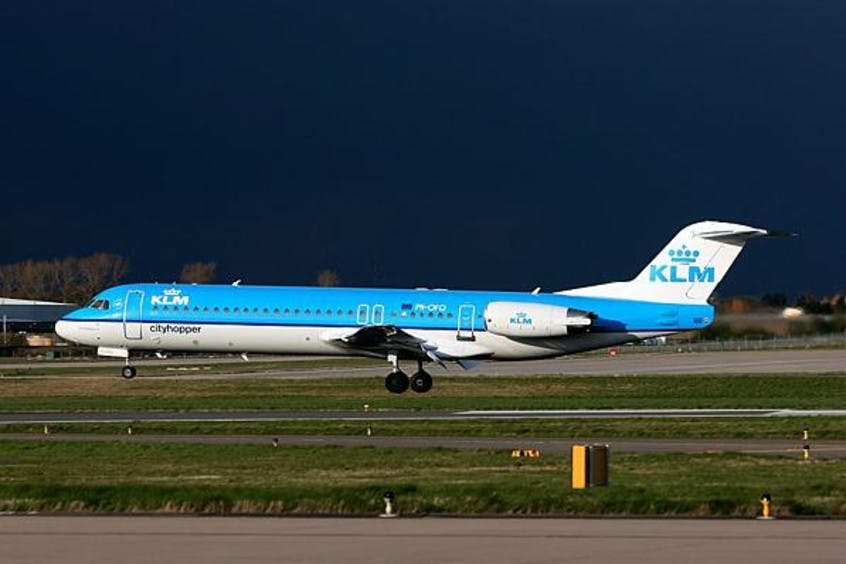 Fokker-F100-PrivateFly-AA1532